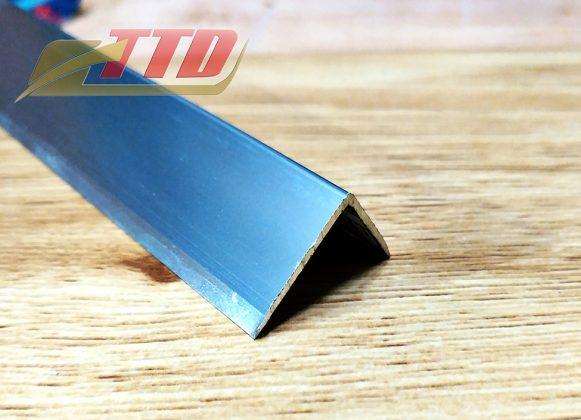 Nep-nhom-L20-x15-mau-Inox